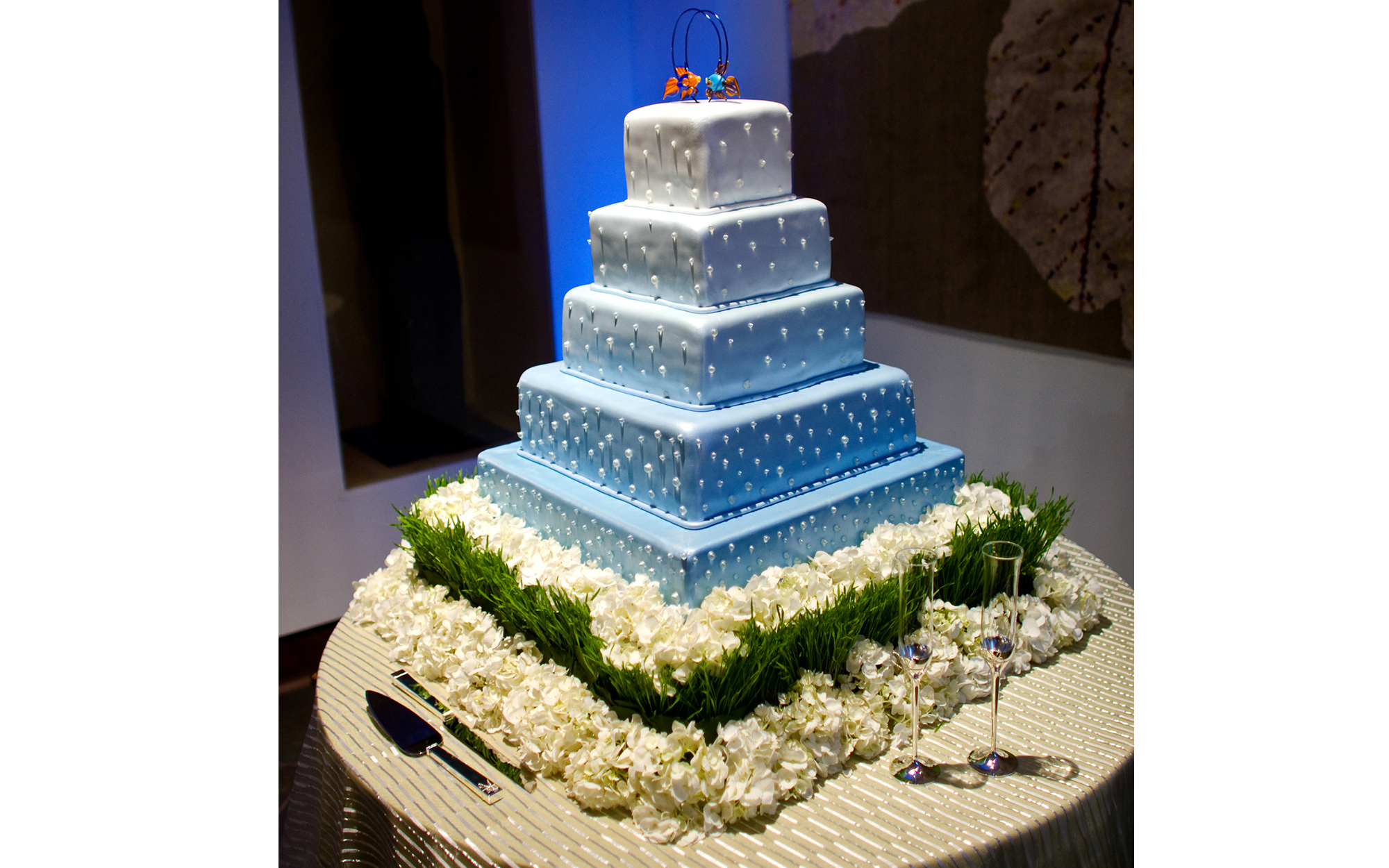 Lighting of Wedding Cake at Dallas World Aquarium